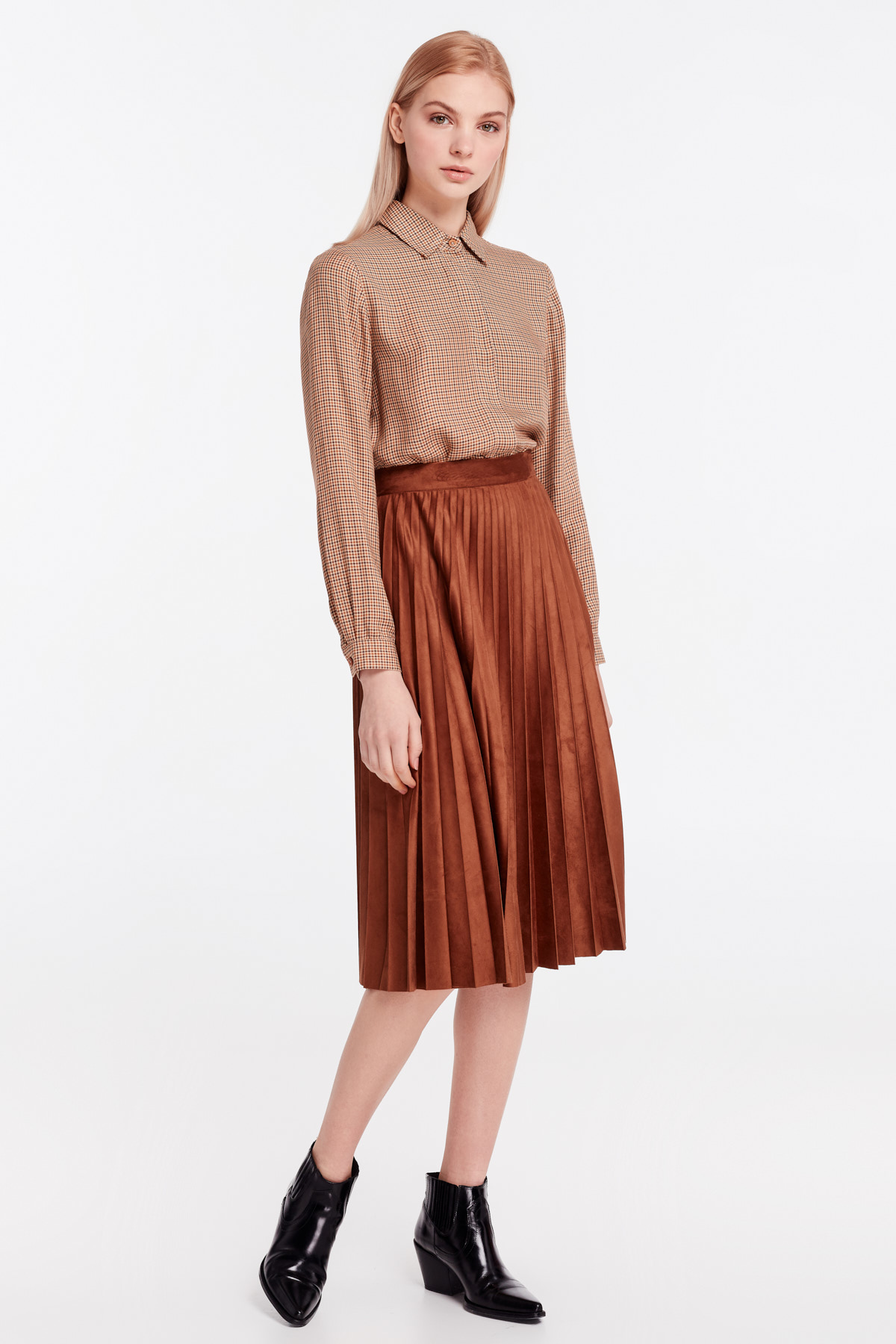 fc91355029 Brown suede pleated skirt photo 6 - MustHave online store