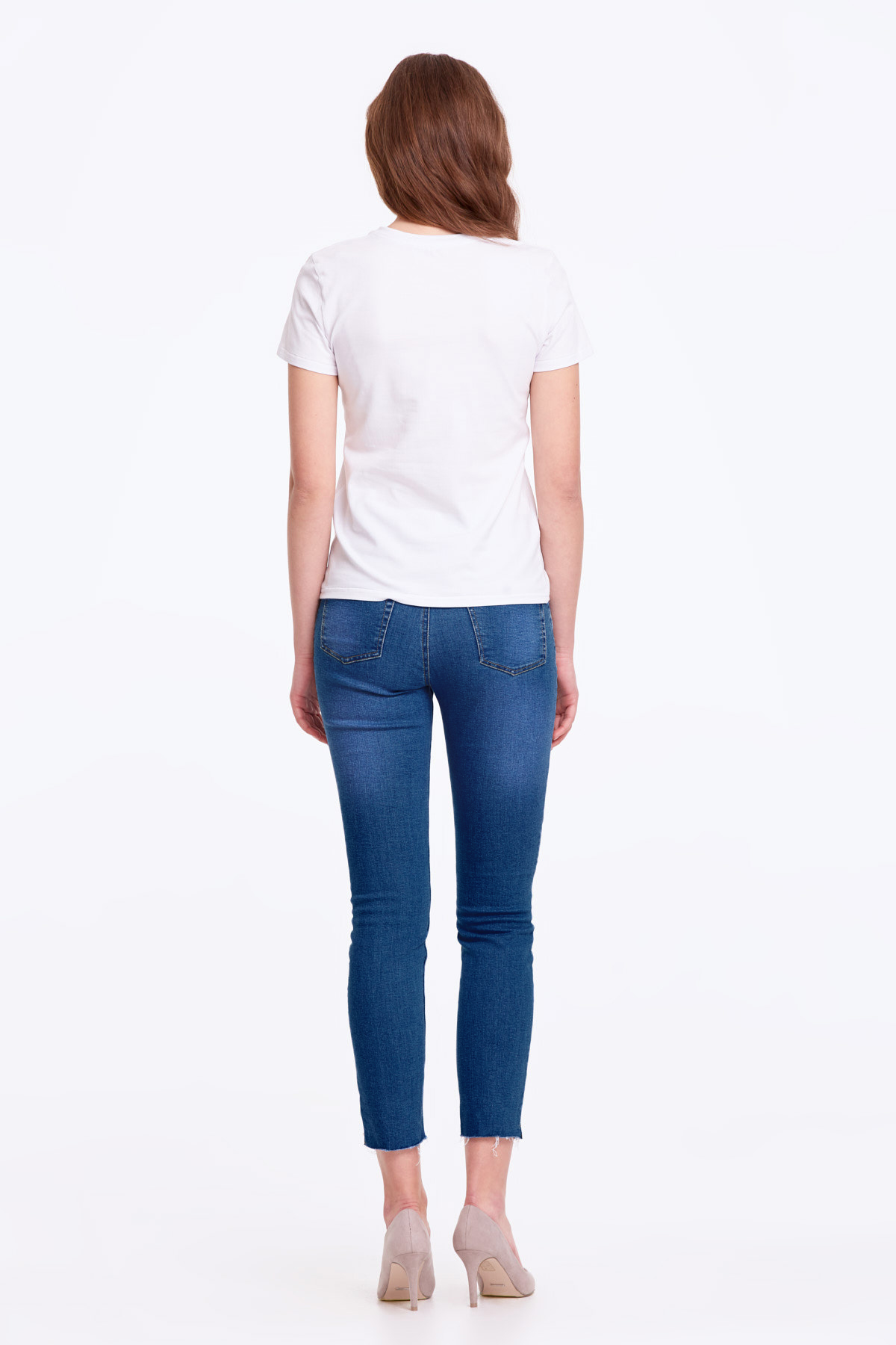 Basic white T-shirt photo 5 - MustHave online store