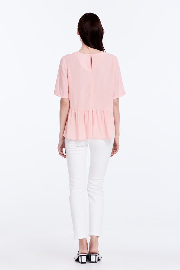 Powder pink top with a flounce photo 6 - MustHave online store