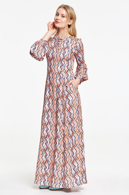 Maxi dress with colored zigzag and balloon sleeves