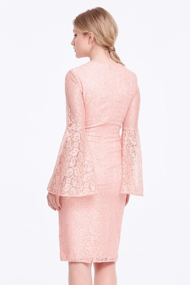 Column powder pink lace dress with flared sleeves photo 5 - MustHave online store