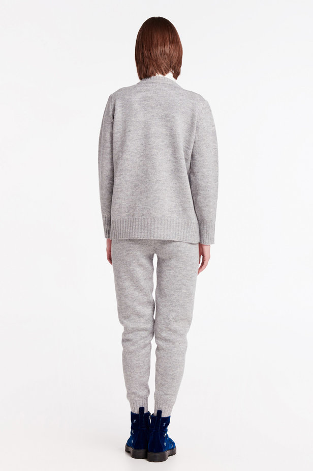 Grey V-neck sweater photo 5 - MustHave online store