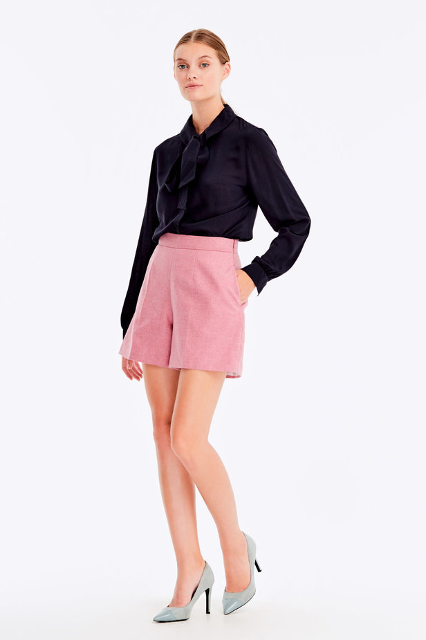 Pink shorts with herringbone print photo 4 - MustHave online store