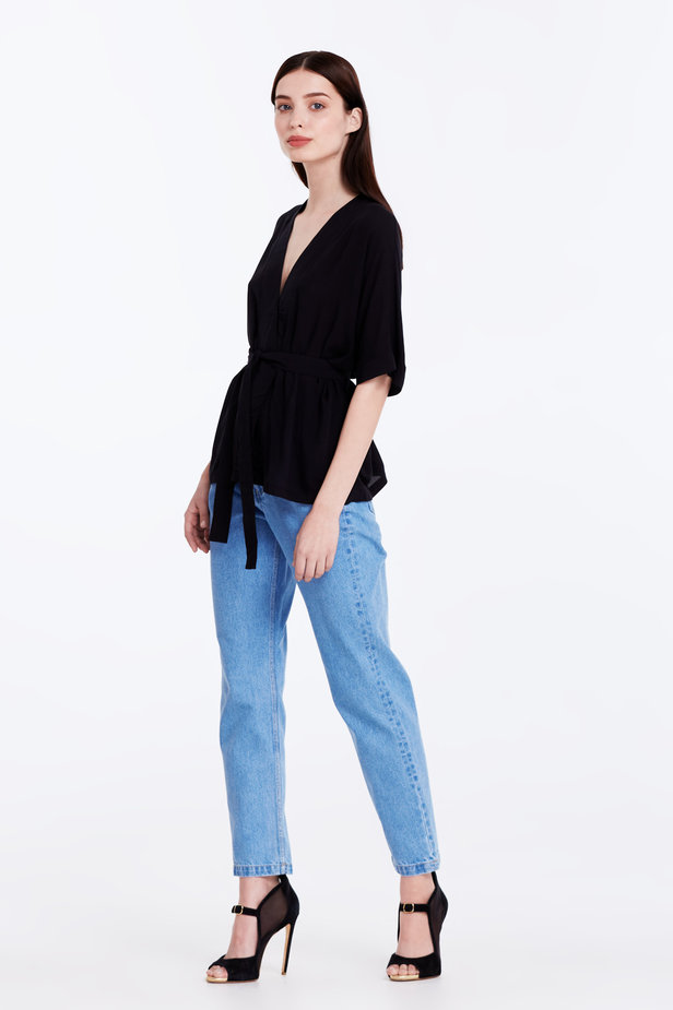 Wrap black shirt with a belt photo 4 - MustHave online store