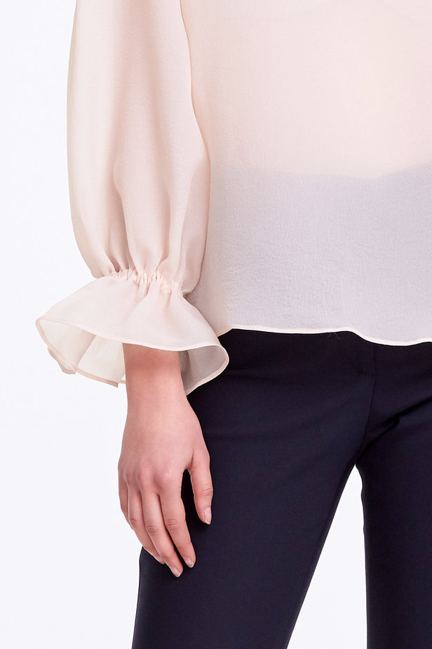 Beige organza blouse with balloon sleeves photo 3 - MustHave online store