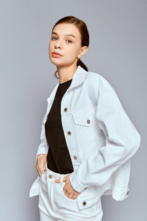 White denim loose jacket