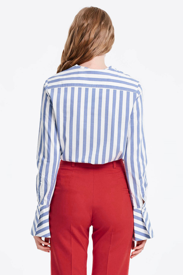 White shirt with blue stripes and flounced sleeves photo 3 - MustHave online store