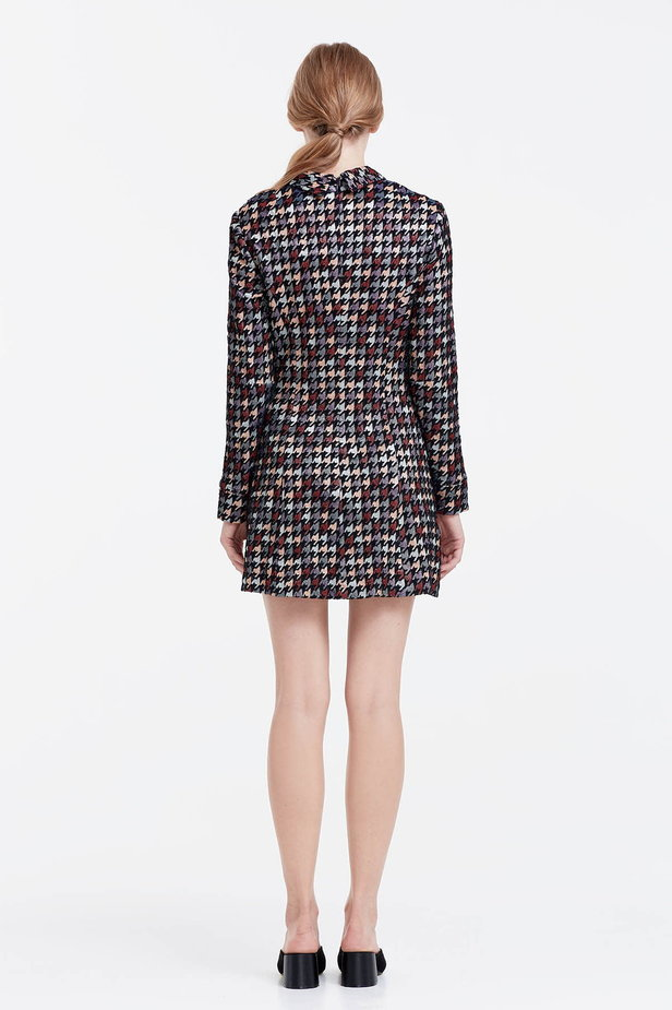 Mini dress with a houndstooth print and a collar photo 4 - MustHave online store