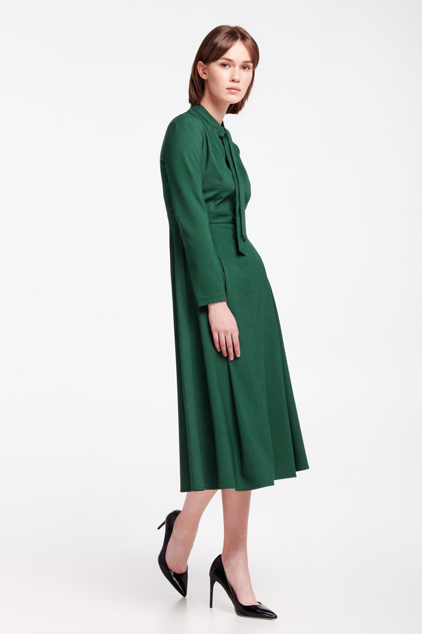 Green dress with a bow photo 6 - MustHave online store