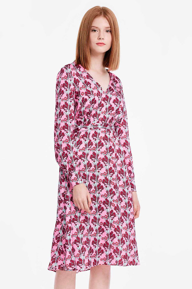 V-neck pink dress with a floral print photo 1 - MustHave online store