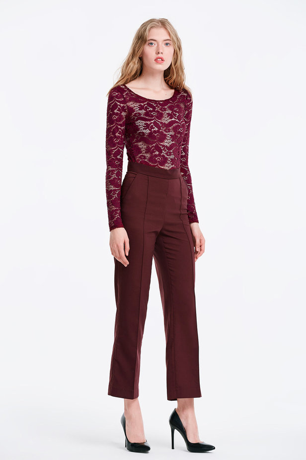 Burgundy lace bodysuit photo 4 - MustHave online store