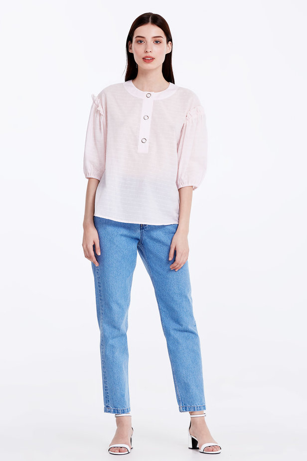 Light-pink shirt with ruffles photo 3 - MustHave online store