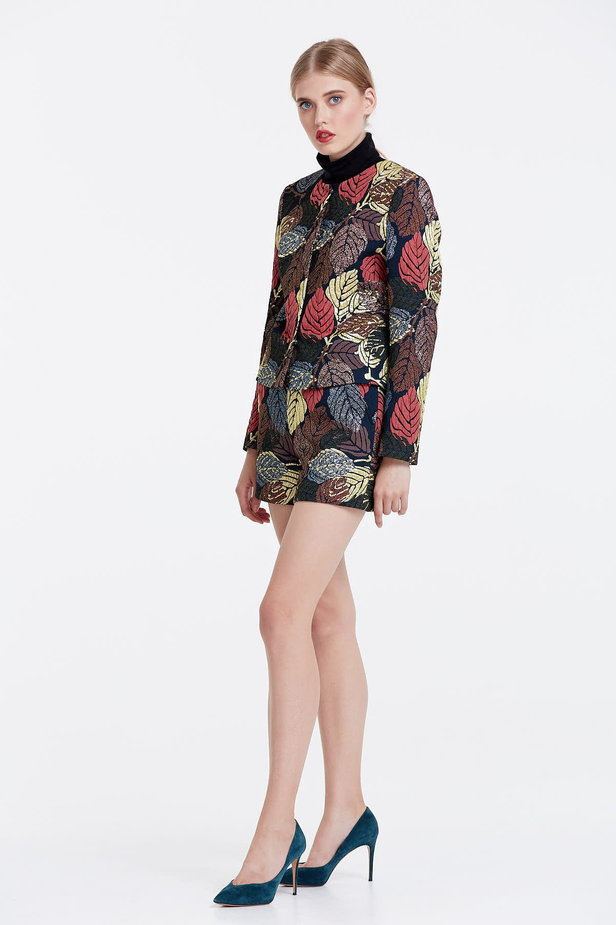 Short jacket with golden leaves photo 2 - MustHave online store