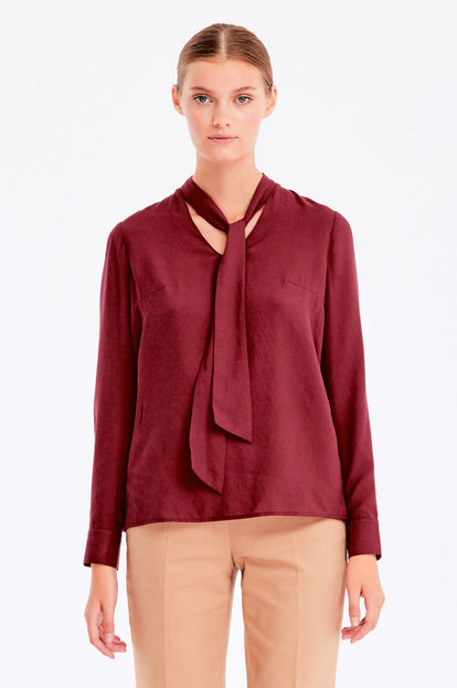 Burgundy blouse with ties
