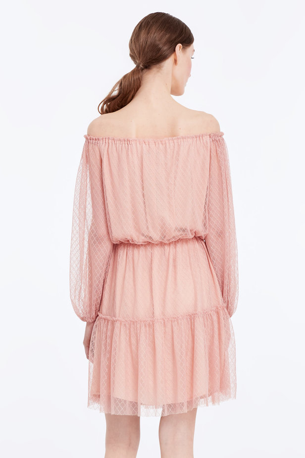 Off-shoulder powder pink lace dress photo 5 - MustHave online store