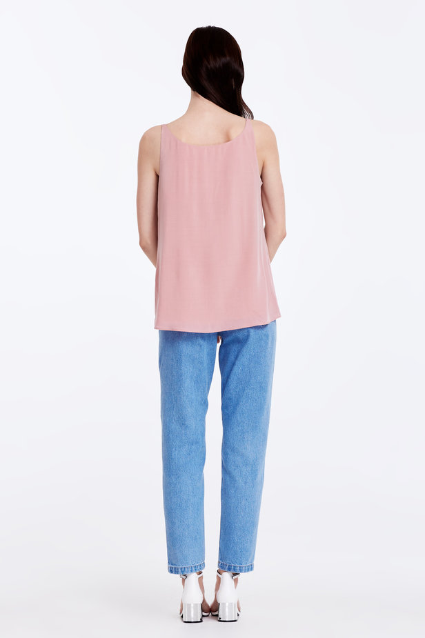 Powder pink top with a low neckline photo 5 - MustHave online store