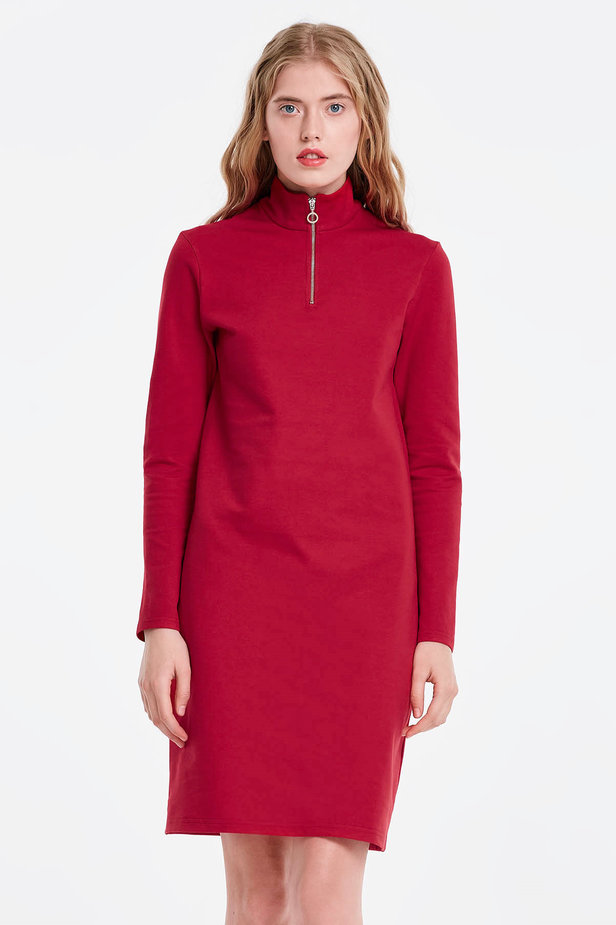 Red dress with a zip photo 1 - MustHave online store