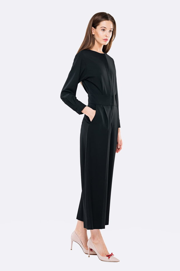 Black jumpsuit with a concealed placket photo 2 - MustHave online store