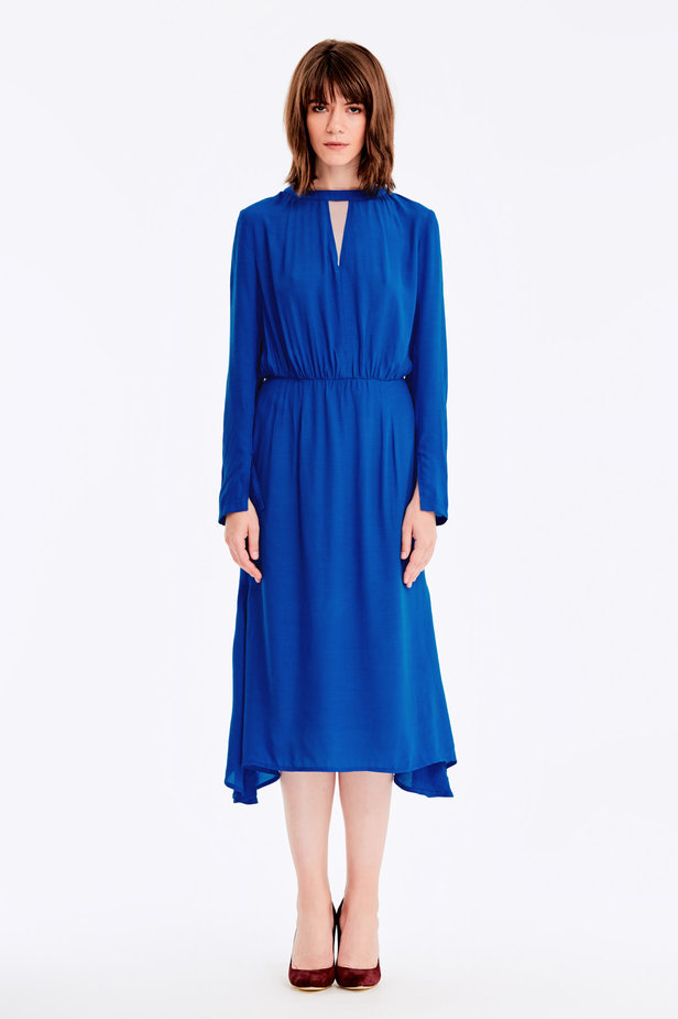 Blue dress with a keyhole photo 2 - MustHave online store