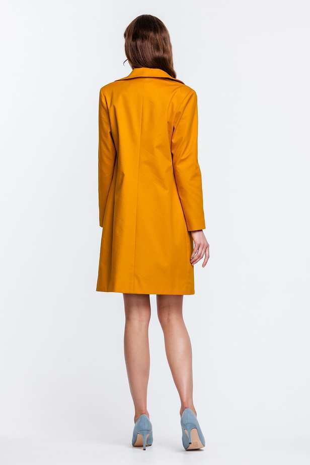 Mustard trenchcoat with a round collar and patch pockets photo 4 - MustHave online store