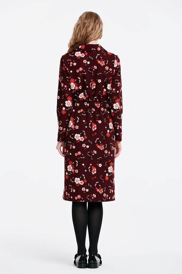 Burgundy dress with a floral print and buttons photo 3 - MustHave online store