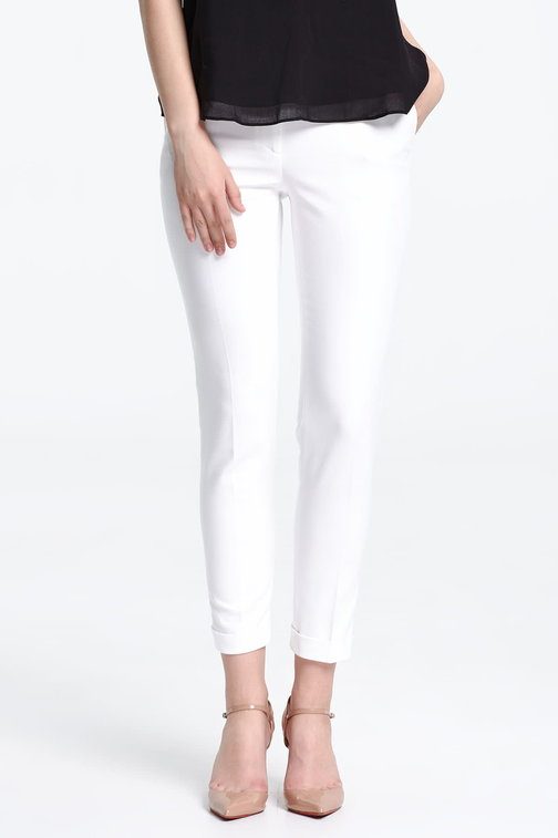 Short white trousers