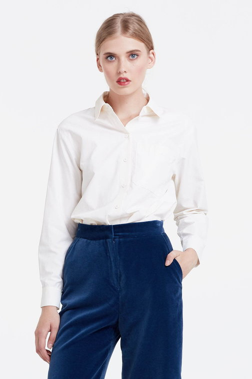 Milky shirt with stripes and a pocket