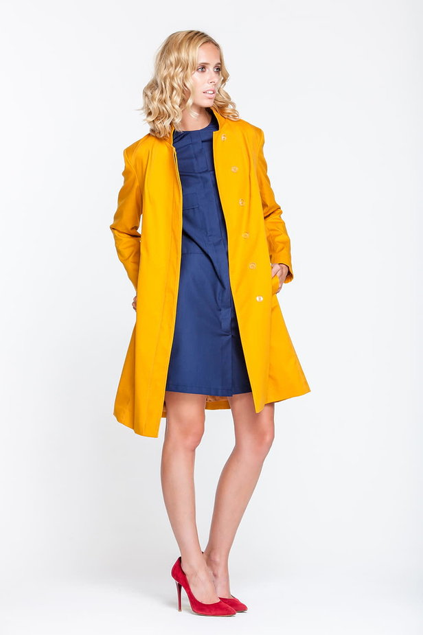 Mustard trenchcoat with a stand up collar photo 4 - MustHave online store