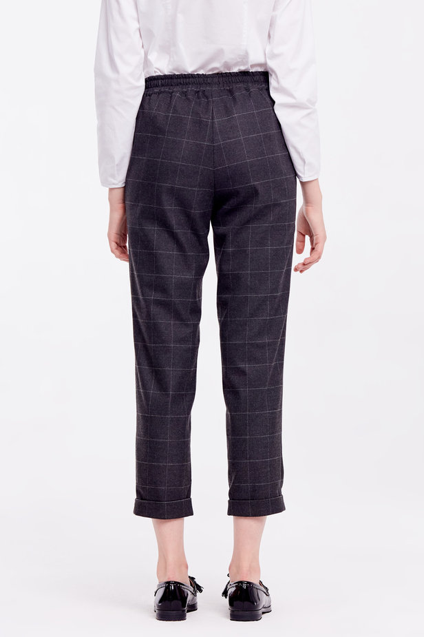 Loose grey checkered pants with cuffs photo 4 - MustHave online store