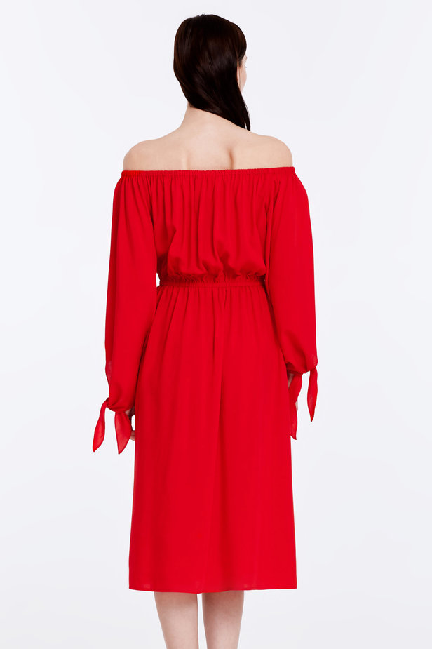 Off-shoulder red dress photo 6 - MustHave online store