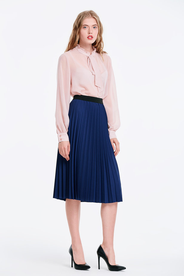 Below the knee pleated blue skirt photo 4 - MustHave online store