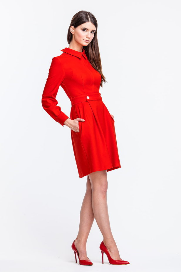 Red dress with a concealed placket and belt photo 4 - MustHave online store