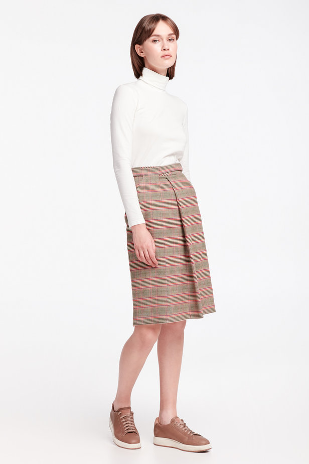 Checkered skirt with a pleat photo 4 - MustHave online store