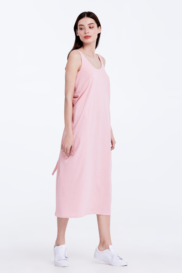 Backless pink dress photo 4 - MustHave online store