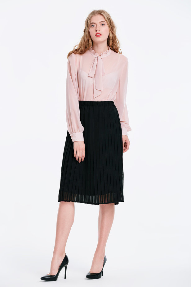 Below the knee pleated black skirt photo 3 - MustHave online store