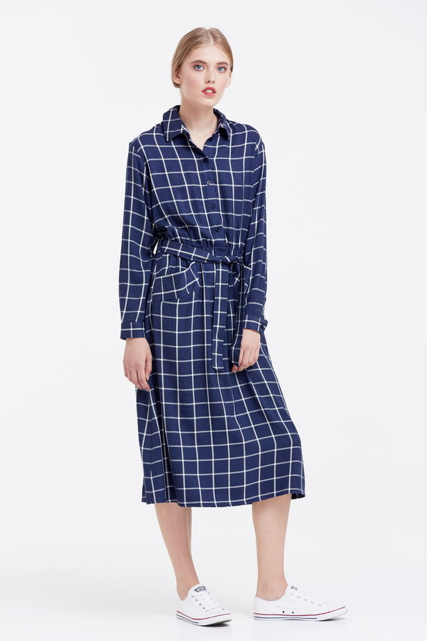 Midi checked blue dress with a belt photo 5 - MustHave online store