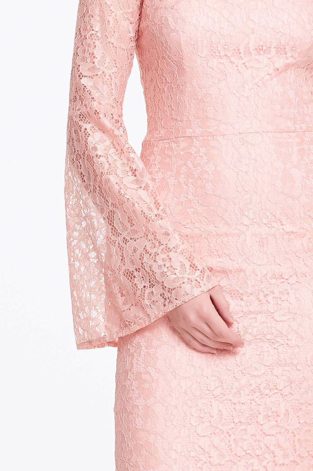 Column powder pink lace dress with flared sleeves photo 4 - MustHave online store