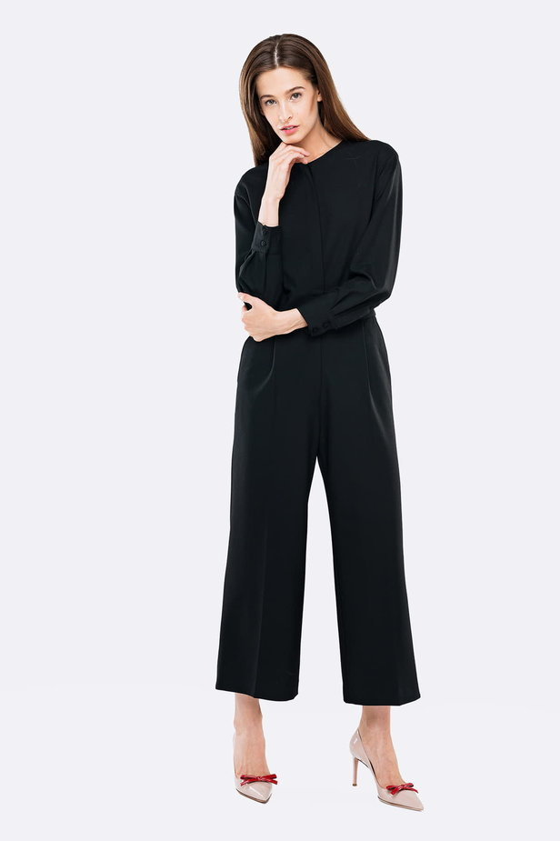 Black jumpsuit with a concealed placket photo 5 - MustHave online store