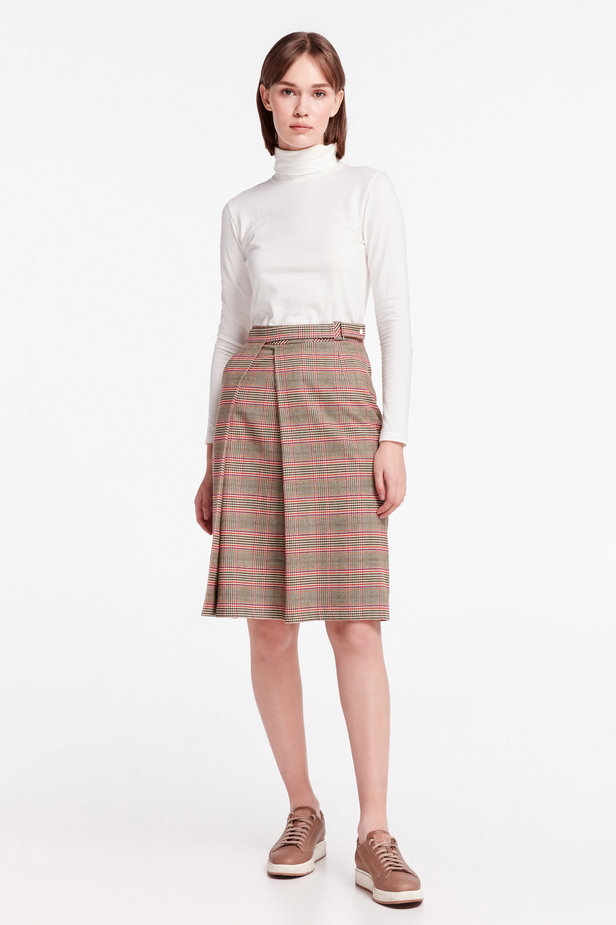 Checkered skirt with a pleat photo 5 - MustHave online store