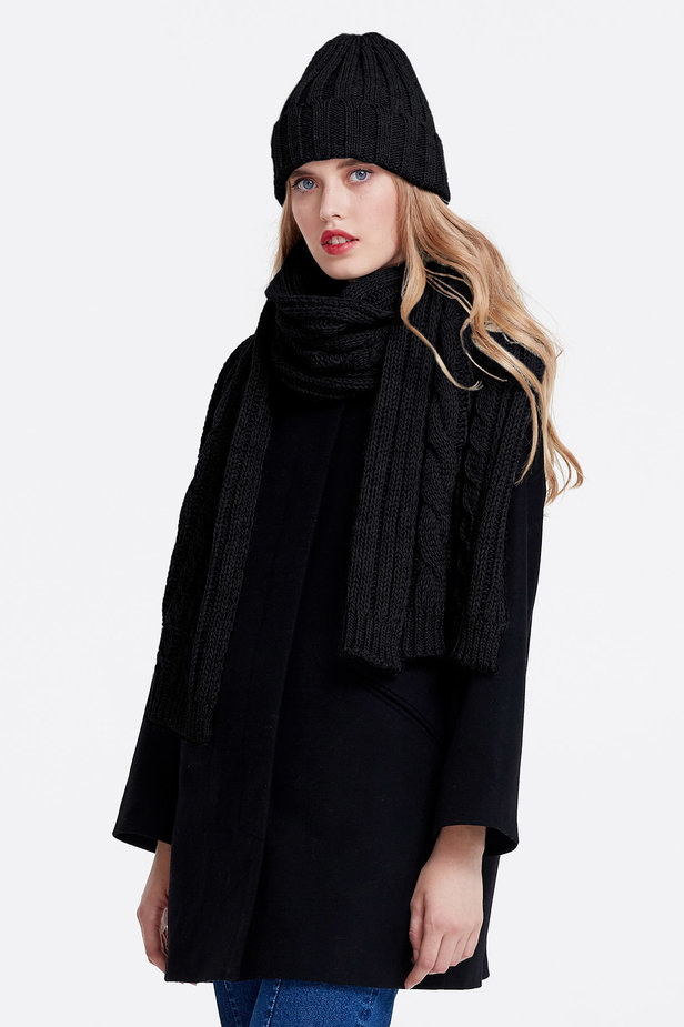 Black scarf photo 1 - MustHave online store