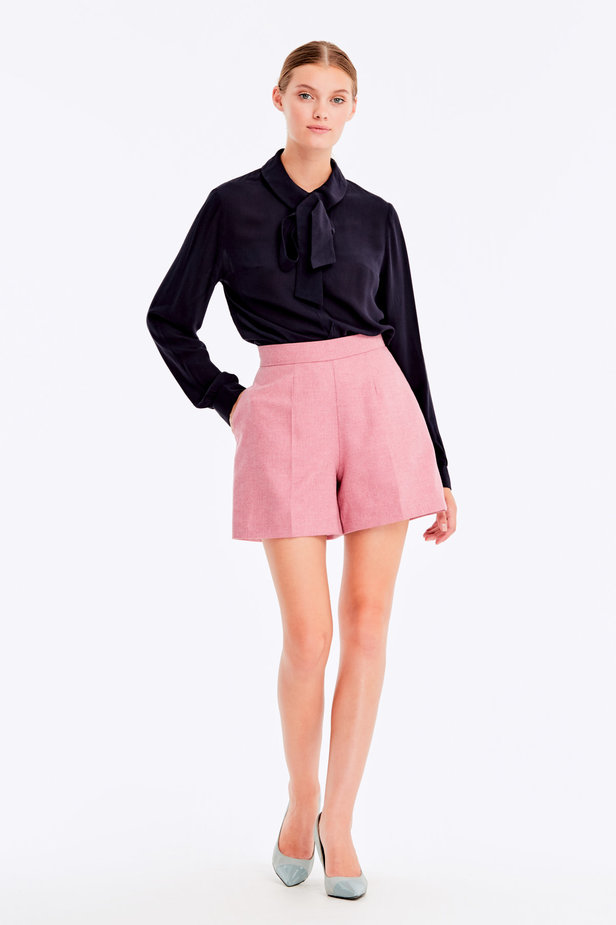 Pink shorts with herringbone print photo 3 - MustHave online store