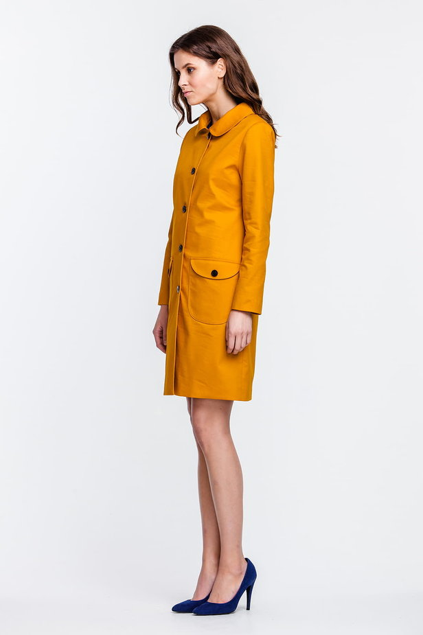 Mustard trenchcoat with a round collar and patch pockets photo 3 - MustHave online store