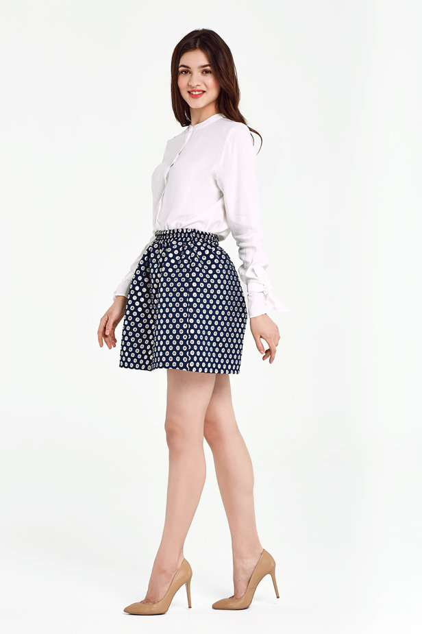 Dark blue skirt with an elastic waistband, polka dot print photo 3 - MustHave online store