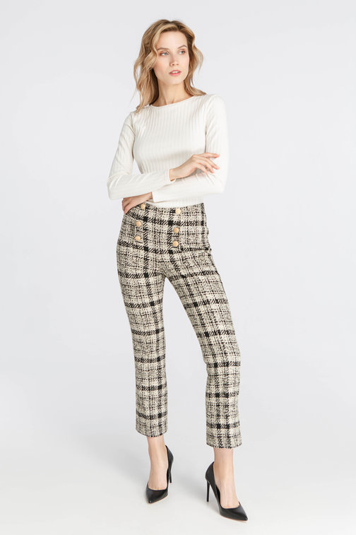 Pants in checkerboard cloth