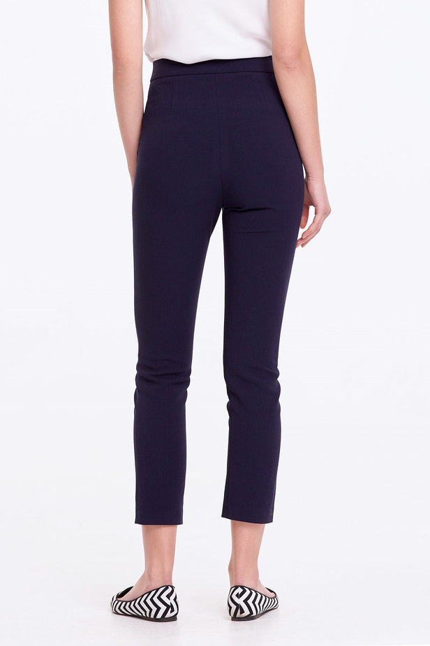Short dark blue trousers photo 4 - MustHave online store