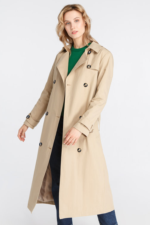 Beige trench with horn buttons