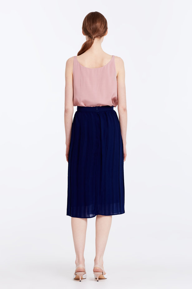 Below the knee pleated dark blue skirt photo 7 - MustHave online store