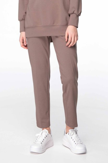 Beige knit pants
