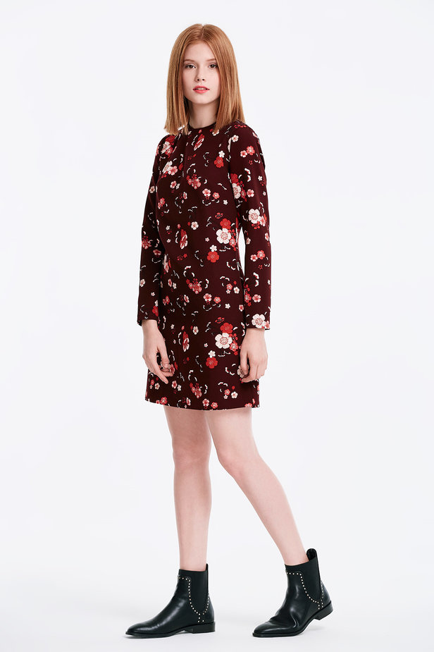 A-line burgundy dress with a floral print photo 5 - MustHave online store