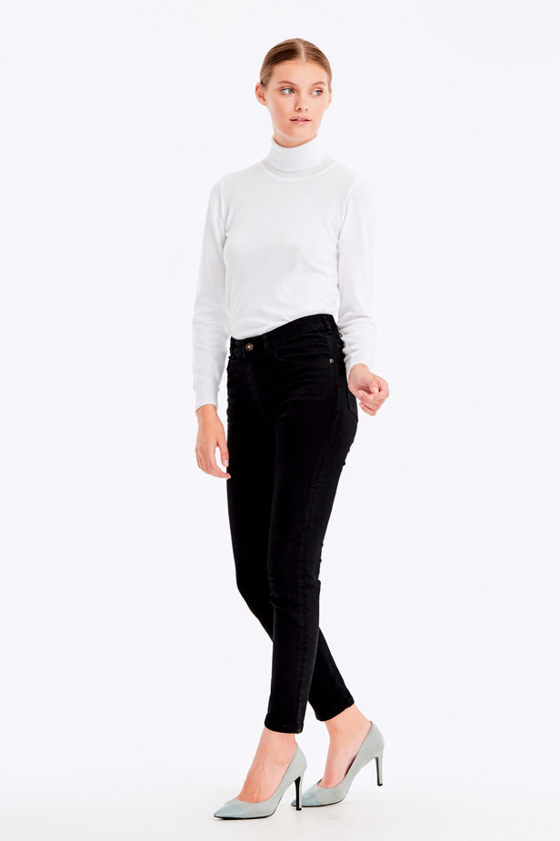White polo neck with cotton photo 6 - MustHave online store